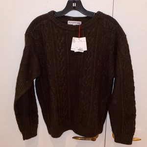 Uniqlo Cable Knit Crewneck Sweater in Forest Green